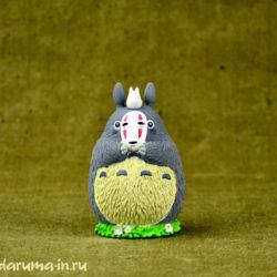 Фигурка. Тоторо с маской Безликого.