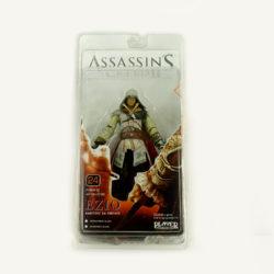 Фигурка Ezio.