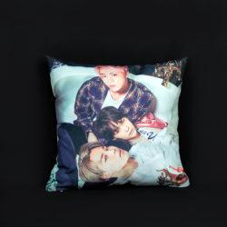 Фото-подушка BTS.